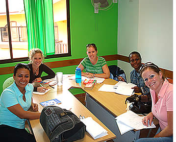 In our Group 4 course there is a maximum of 6 students per group, although the average is between 3 - 4 students